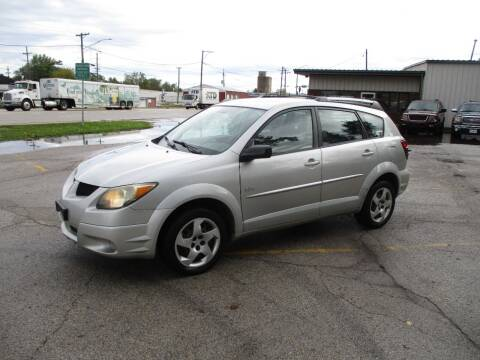 2003 Pontiac Vibe for sale at RJ Motors in Plano IL