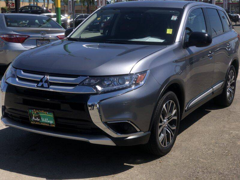2018 Mitsubishi Outlander for sale in Bakersfield, CA