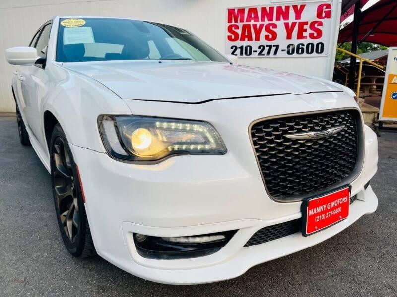 2017 Chrysler 300 for sale at Manny G Motors in San Antonio TX