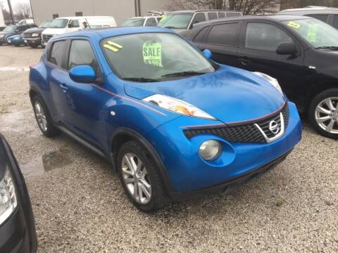 2011 Nissan JUKE for sale at G LONG'S AUTO EXCHANGE in Brazil IN