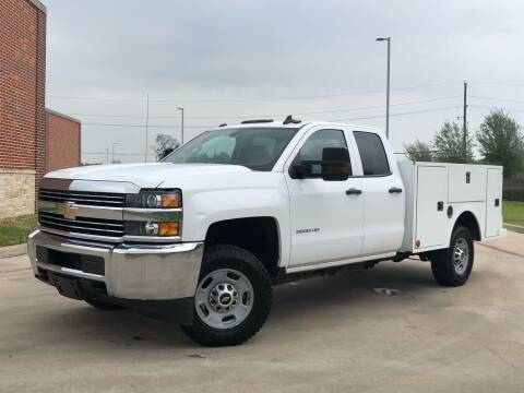 2018 Chevrolet Silverado 2500HD for sale at AUTO DIRECT in Houston TX