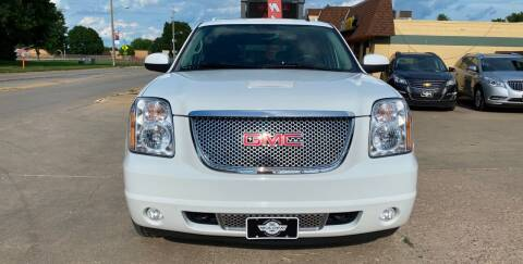 2008 GMC Yukon XL for sale at Mulder Auto Tire and Lube in Orange City IA