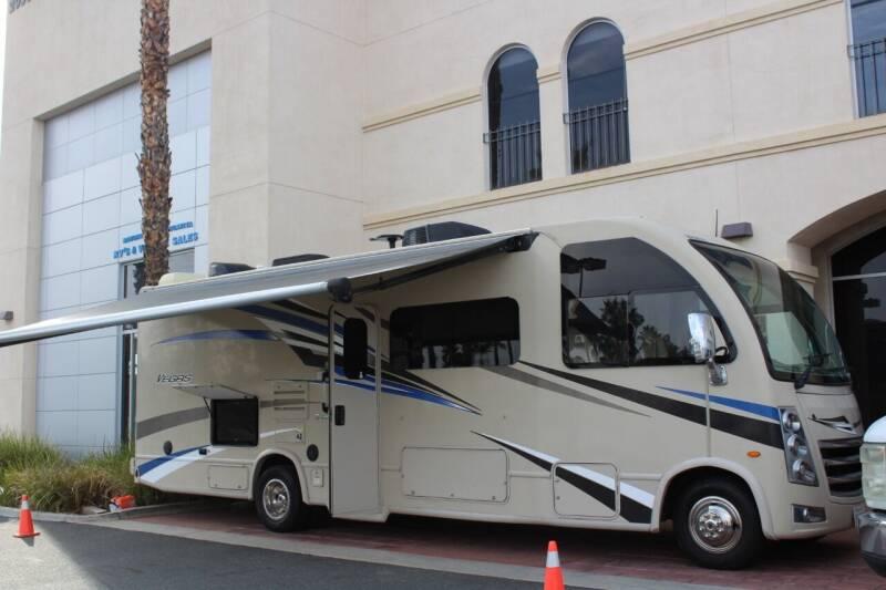 2018 Thor Industries Vegas 27.7 for sale at Rancho Santa Margarita RV in Rancho Santa Margarita CA