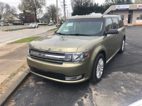 2013 Ford Flex for sale at RT Auto Center in Quincy IL