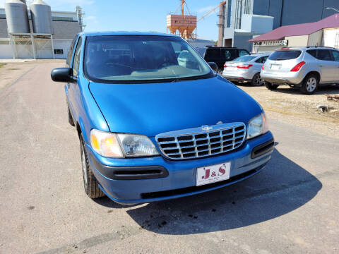 1999 Chevrolet Venture for sale at J & S Auto Sales in Thompson ND