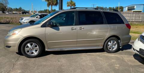 2006 Toyota Sienna for sale at Bobby Lafleur Auto Sales in Lake Charles LA