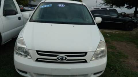 2007 Kia Sedona for sale at Car Connection in Yorkville IL
