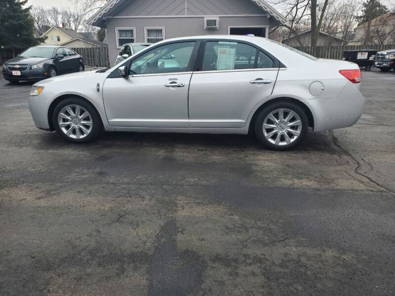 2012 Lincoln MKZ for sale at Deals on Wheels in Oshkosh WI