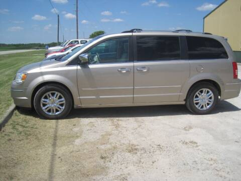 2008 Chrysler Town and Country for sale at Brett's Automotive in Kahoka MO