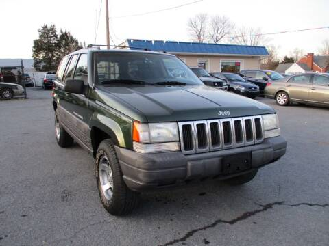 1997 Jeep Grand Cherokee for sale at Supermax Autos in Strasburg VA