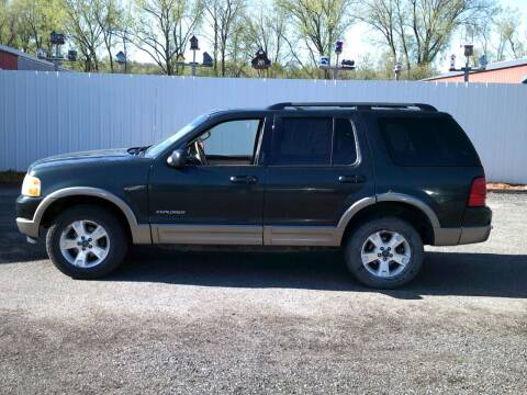 2004 Ford Explorer for sale at Chaddock Auto Sales in Rochester MN
