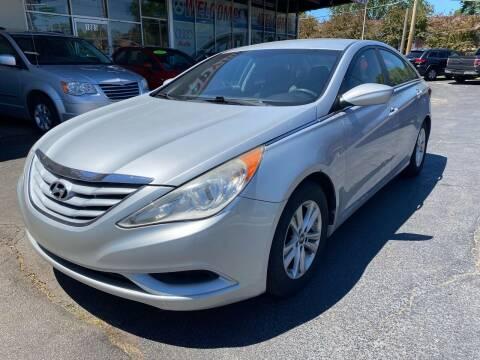 2012 Hyundai Sonata for sale at TOP YIN MOTORS in Mount Prospect IL