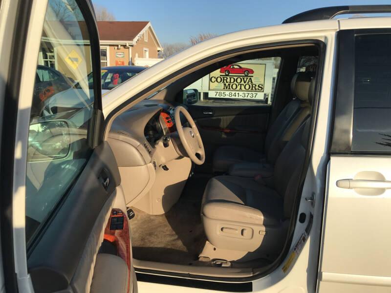 2009 Toyota Sienna XLE 7-Passenger 4dr Mini-Van - Lawrence KS