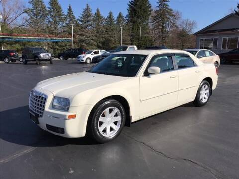 2005 Chrysler 300 for sale at Patriot Motors in Cortland OH