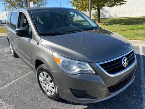 2010 Volkswagen Routan for sale at Supreme Auto Gallery LLC in Kansas City MO