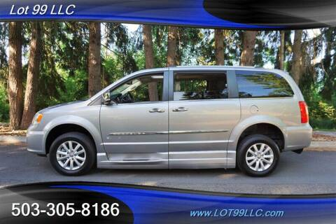 2016 Chrysler Town and Country for sale at LOT 99 LLC in Milwaukie OR