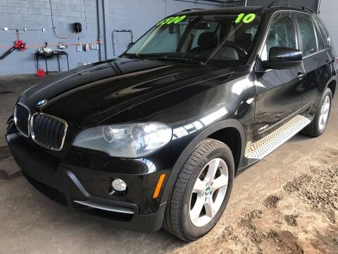 2010 BMW X5 for sale at Square Business Automotive in Milwaukee WI
