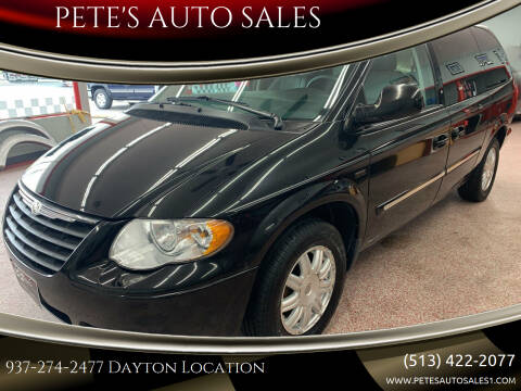 2007 Chrysler Town and Country for sale at PETE'S AUTO SALES LLC - Dayton in Dayton OH