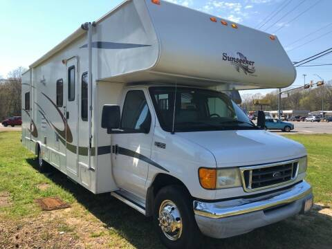 2004 FOR SALE!!!   Forest River  Sunseeker 3100 LE for sale at S & R RV Sales & Rentals, LLC in Marshall TX