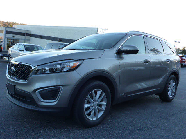 2017 Kia Sorento for sale at RUSTY WALLACE KIA OF KNOXVILLE in Knoxville TN