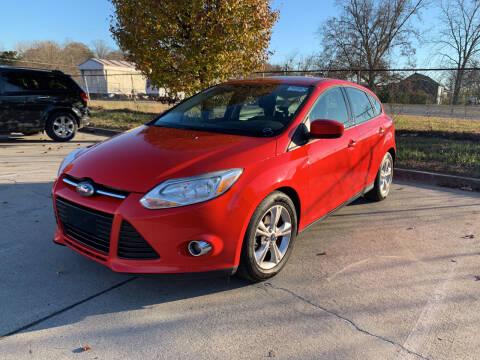 2012 Ford Focus for sale at Diana Rico LLC in Dalton GA
