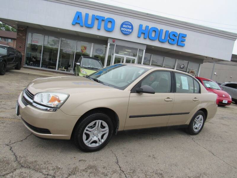2004 Chevrolet Malibu for sale at Auto House Motors in Downers Grove IL