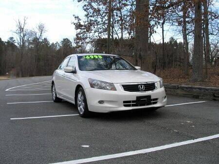 2009 Honda Accord for sale at RICH AUTOMOTIVE Inc in High Point NC