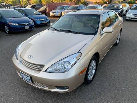 2004 Lexus ES 330 for sale at C. H. Auto Sales in Citrus Heights CA