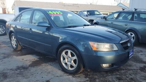 2006 Hyundai Sonata for sale at Sand Mountain Motors in Fallon NV