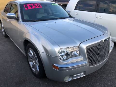 2006 Chrysler 300 for sale at BELOW BOOK AUTO SALES in Idaho Falls ID