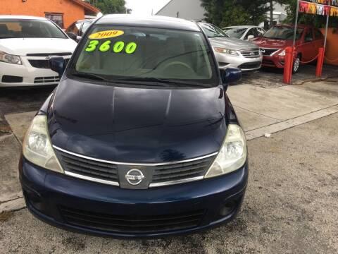 2009 Nissan Versa for sale at Versalles Auto Sales in Hialeah FL