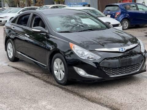 2015 Hyundai Sonata Hybrid for sale at AWESOME CARS LLC in Austin TX