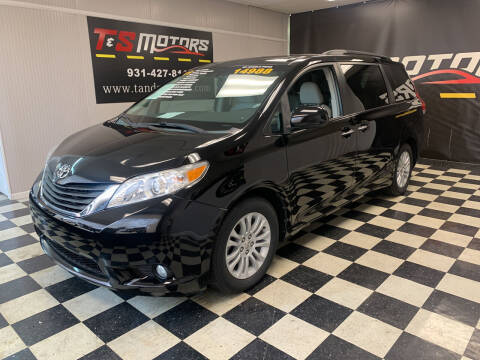 2011 Toyota Sienna for sale at T & S Motors in Ardmore TN