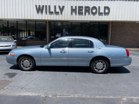 2008 Lincoln Town Car for sale at Willy Herold Automotive in Columbus GA