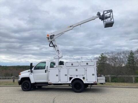 2005 GMC C5500 for sale at Bay Road Trucks in Rowley MA