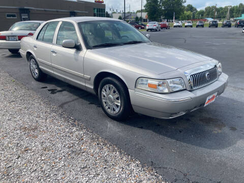 2006 Mercury Grand Marquis for sale at McCully's Automotive - Under $10,000 in Benton KY