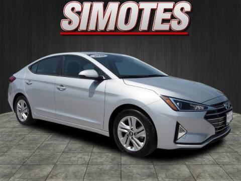 2020 Hyundai Elantra for sale at SIMOTES MOTORS in Minooka IL