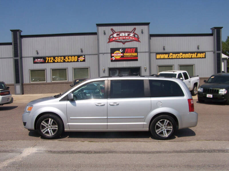 2009 Dodge Grand Caravan for sale at CarzCentral in Estherville IA