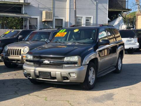 2003 Chevrolet TrailBlazer for sale at Victory Auto Sales in Stockton CA