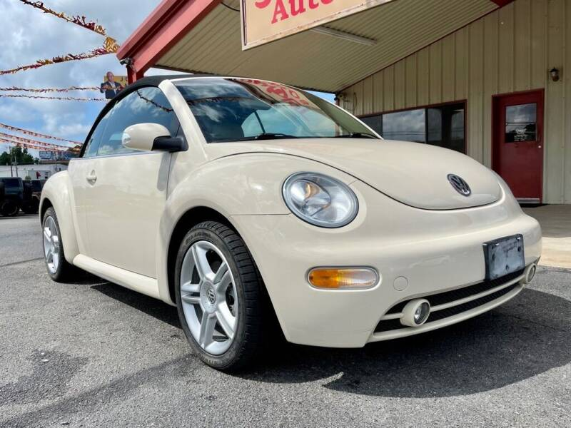 2005 Volkswagen New Beetle Convertible for sale at Sandlot Autos in Tyler TX