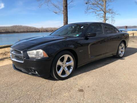 2013 Dodge Charger for sale at Monroe Auto's, LLC in Parsons TN
