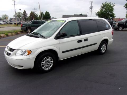 2006 Dodge Grand Caravan for sale at Ideal Auto Sales, Inc. in Waukesha WI