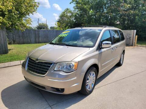 2009 Chrysler Town and Country for sale at Harold Cummings Auto Sales in Henderson KY
