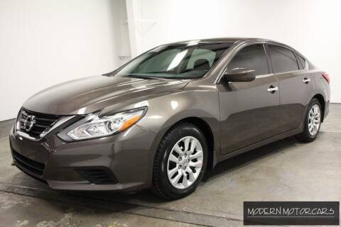 2016 Nissan Altima for sale at Modern Motorcars in Nixa MO