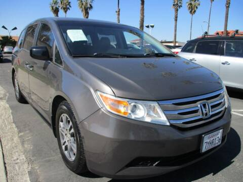 2013 Honda Odyssey for sale at F & A Car Sales Inc in Ontario CA