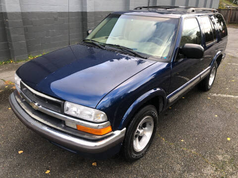 2000 Chevrolet Blazer for sale at APX Auto Brokers in Lynnwood WA
