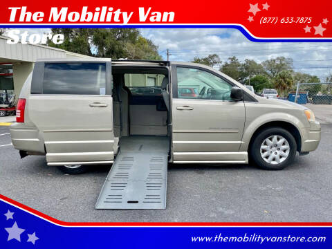 2009 Chrysler Town and Country for sale at The Mobility Van Store in Lakeland FL
