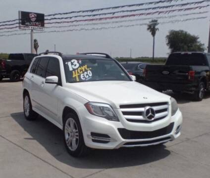 2013 Mercedes-Benz GLK for sale at A & V MOTORS in Hidalgo TX