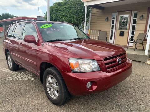 2007 Toyota Highlander for sale at G & G Auto Sales in Steubenville OH