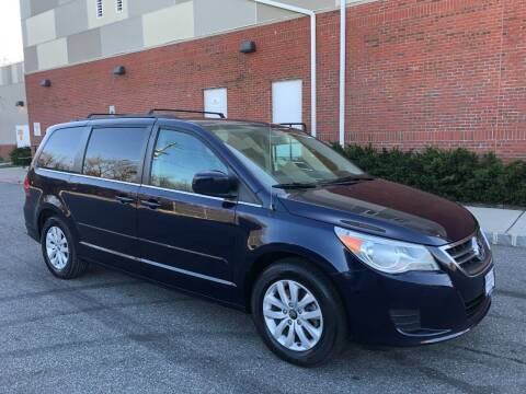 2014 Volkswagen Routan for sale at Imports Auto Sales Inc. in Paterson NJ